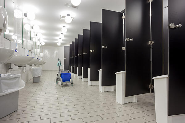 restroom cleaning services 7